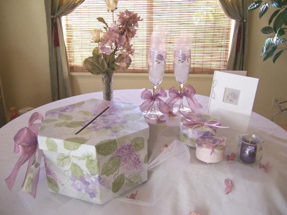 Стол для подарков на свадьбу 493